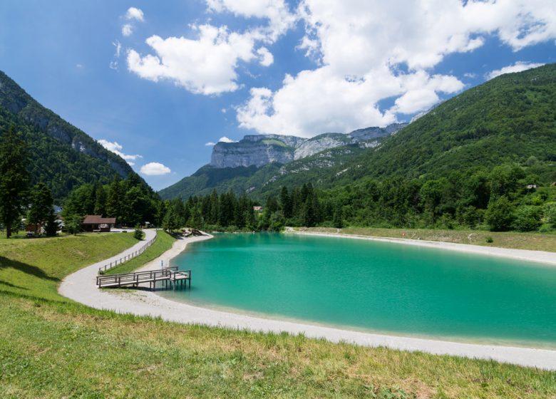 JUIN17-DEC99-SB04487–SavoieMontBlanc-Bijasson-1200px-Lac de Thuy à 2km de Thônes